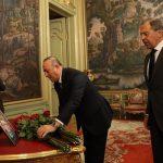 Rus Büyükelçi'nin eşi Karlova: Naaşı karşılamak için Lavrov ve Çavuşoğlu uçağa girdi