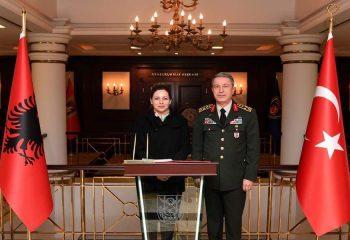 Arnavutluk Savunma Bakanı Olta XHAÇKA Türkiye'yi ABD'ye hedef mi gösterdi?