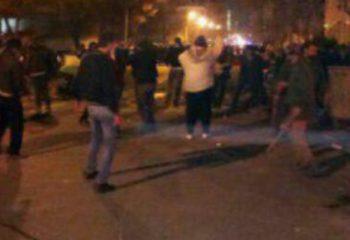 Tahran yine karıştı  Dervişler ve Polis arasındaki atışma sonucu 4 ölü var