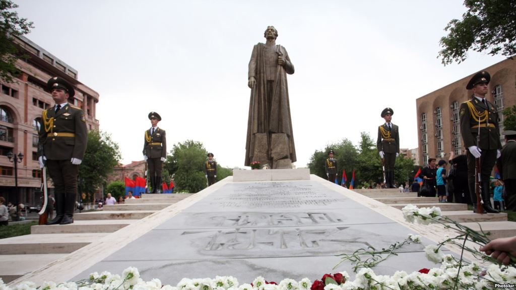 Russia Unhappy With Armenian Statue