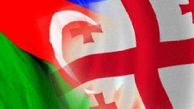 Tiflis'in merkezinde Türklere karşı kundaklama!