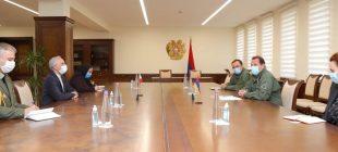 ملاقات سفرای ایران و فرانسه در ارمنستان با دفاع این كشور