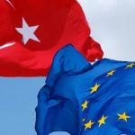 «Напряженность между ЕС и Турцией перерос в кризис в связи с предстоящим в стране референдумом»