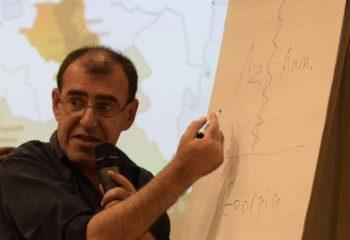 Полиция Армении оштрафовала борца за мир за антивоенный пост