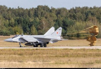 ABD   Rusya'yı füzelerini vurmakla tehdit etti