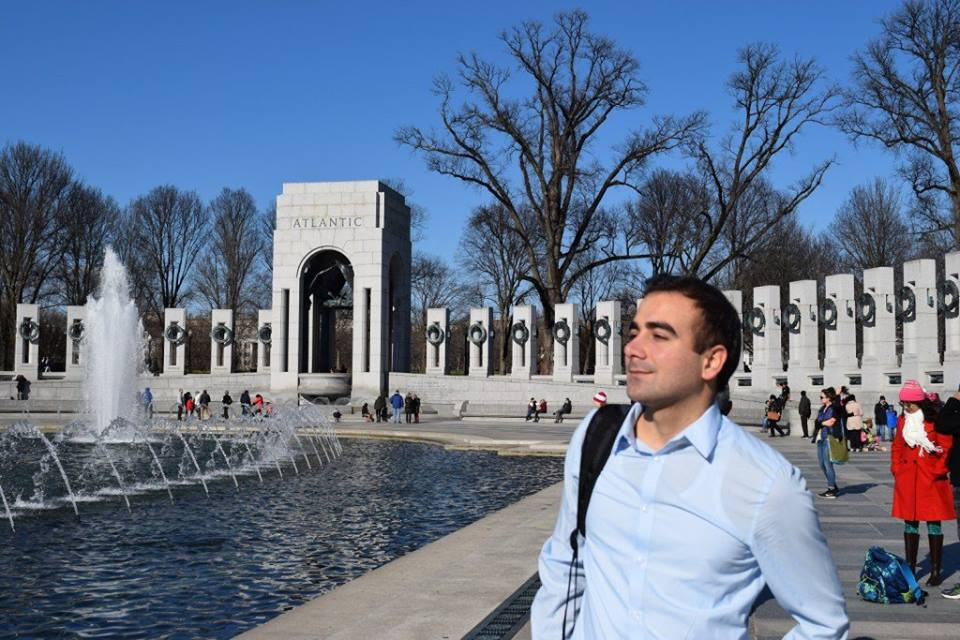 Azerbaycanlı gazetecinin Amerika izlenimleri