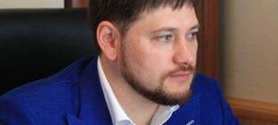 В Администрации президента высоко оценили докторскую диссертацию Дамира Мухетдинова