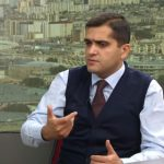 """LEVON TER-PETROSYAN PAŞİNYANIN """"XAÇ ATASINA"""" ÇEVRİLİB"""