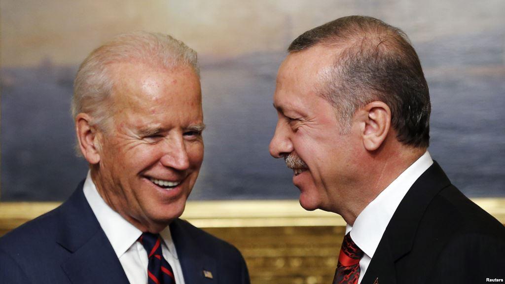 Bir Joe Biden Geçti Yarama Bastı Geçti!