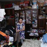 """Məcburi köçkün jurnalist zirzəmidə yaşayır: """"…siçovullar artıq bizə hücum çəkirlər"""""""