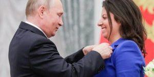 Fuad Kahramanlı: Qərb sanksiya qərarı verdi, bəs Putin üçün çıxış yolu varmı?