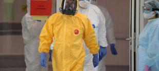 Putin'den  koronavirüs hastanesini ziyaret